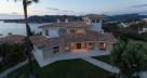 Дом двух этажный у средиземного моря