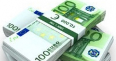 1000 de euro pentru mobila si mers la mare