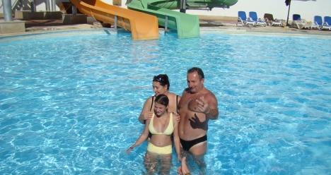 Стройная брюнетка с йорком от Ирины,отдохнувшая в Египте!!!!