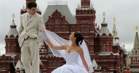 Желаю в этом году познакомиться со своим мужем и выйти замуж
