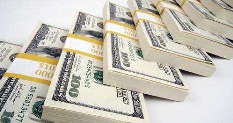В течении месяца выигрыш в лотерею 200000,00