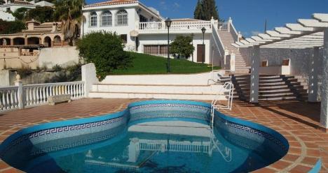 хочу иметь виллу на средиземноморском побережье!