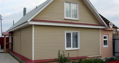 Добротный дом в деревне