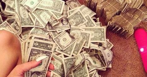Бесконечное количество денег