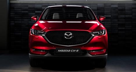 Новый автомобиль Mazda CX5 красного цвета объем 2,5л