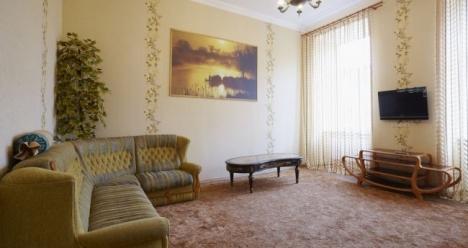 хочу купити у 2013 році квартиру і заробляти багато грошей